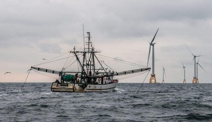 The trawler Virginia Marise from Point Judith, R.I., near the Block Island Wind Farm. Deepwater Wind photo.